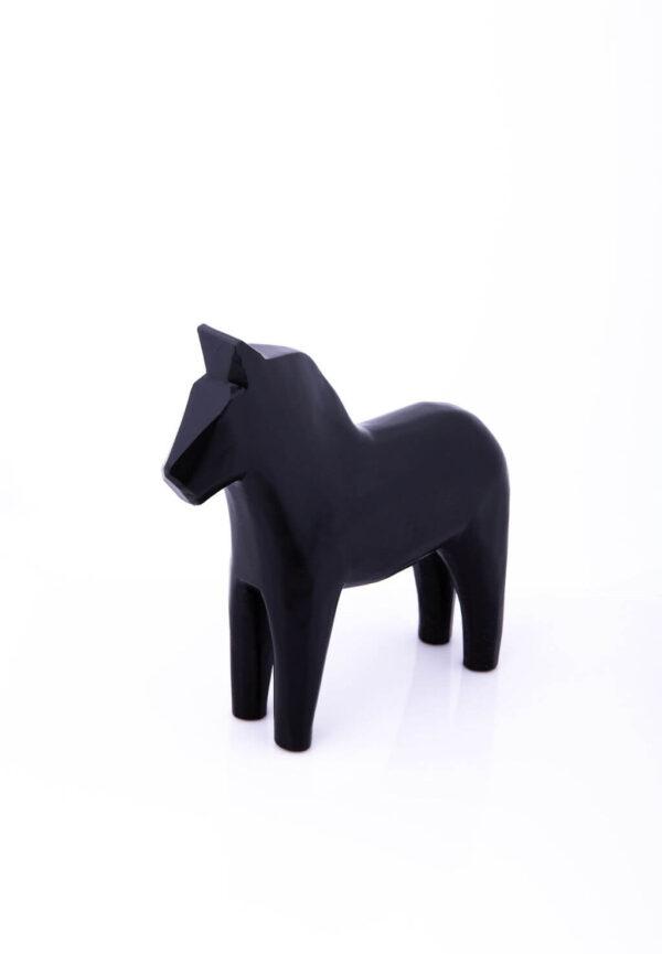 Enfärgad dalahäst